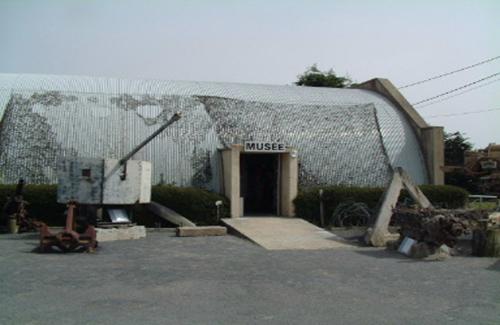 MUSEEOMAHA01